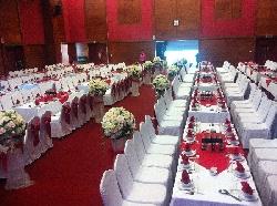 Cho thuê bàn ghế tại Duy Tân