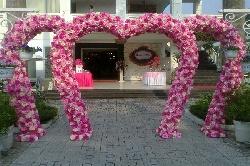 Cho thuê cổng cưới vip