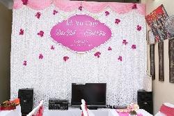 Trang trí phông lụa cưới theo yêu cầu