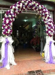 Cho thuê cổng cưới hoa tươi, hoa giả đẹp thu hút